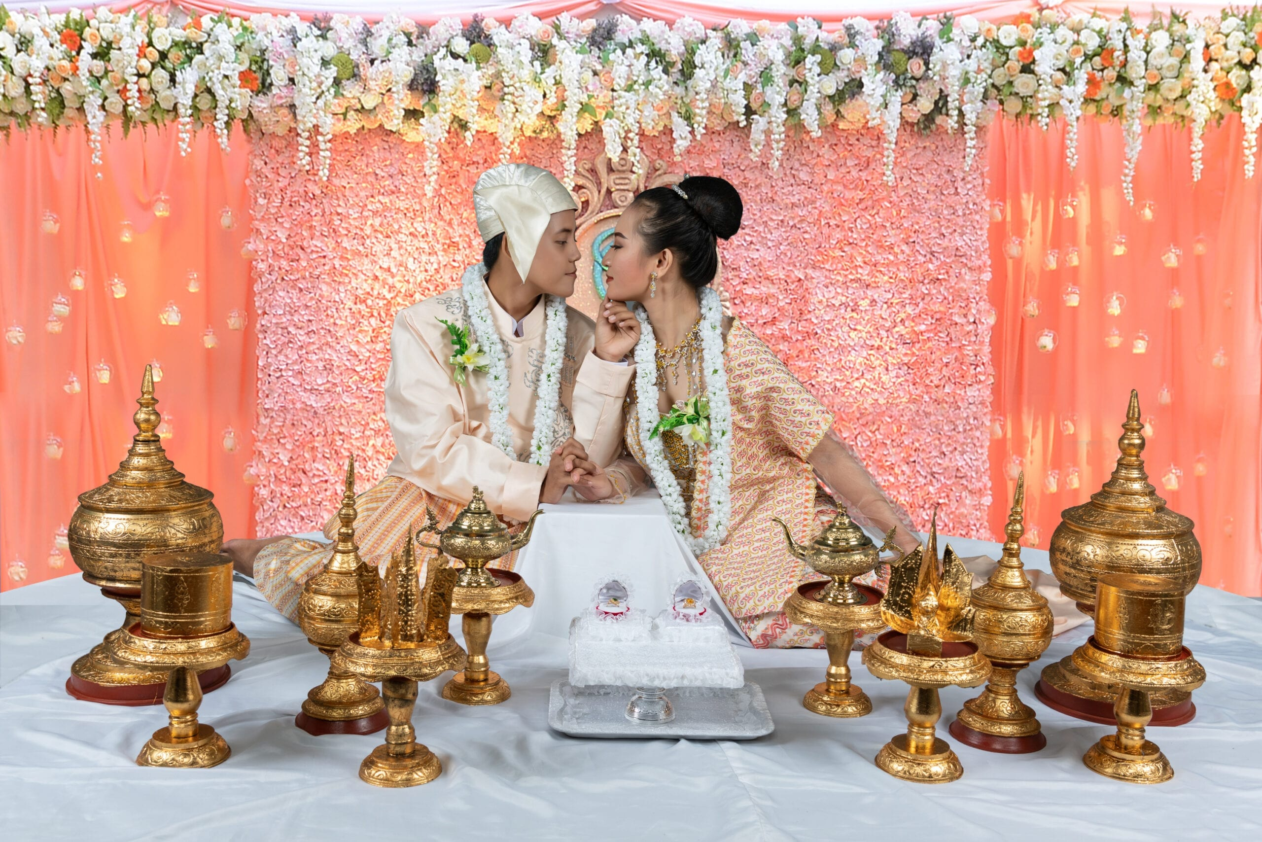Aung La and Thu Thu 01