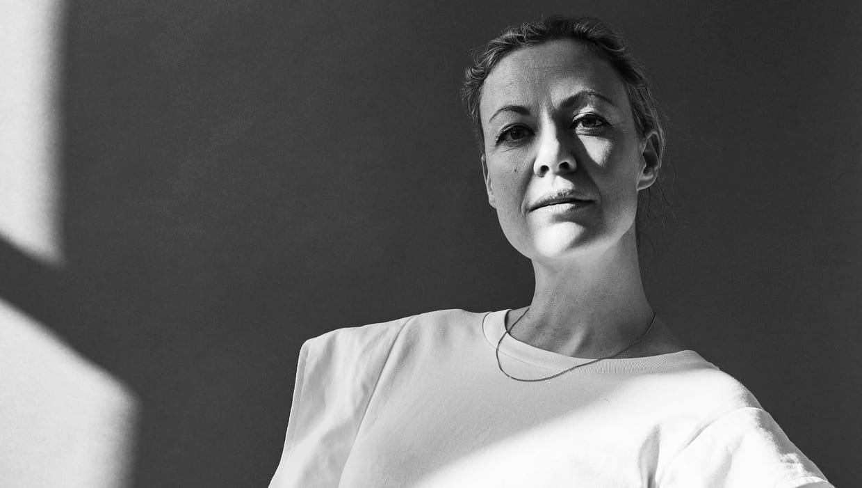 Viviana Sassen by Hanneke van LeeuwenRE1