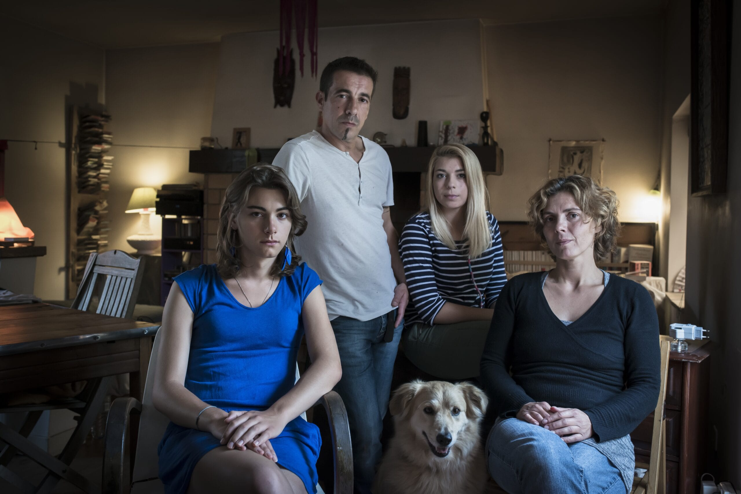 Mélanie, transgender and her boyfriend, father and family, Quimper (2015)